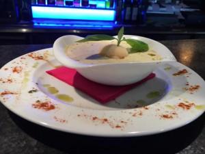 Soupe de melon au basilic glacé