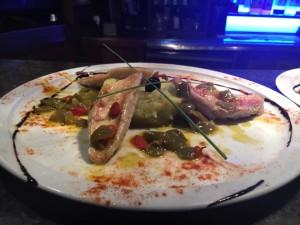 Filets de rouget pomme de terre écrasé aux olives